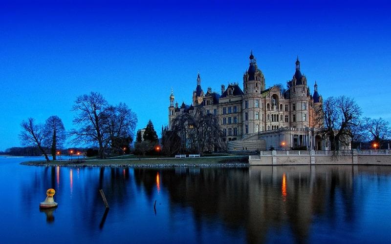 Мюнхен - Один из самых дорогих городов Европы.